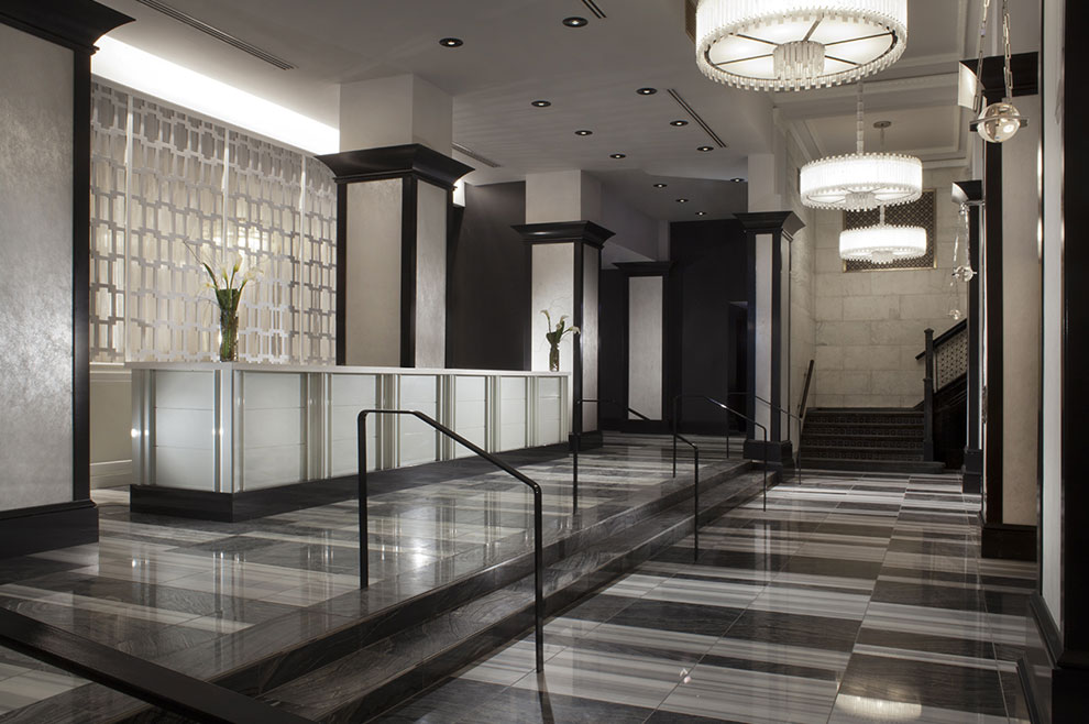 AAA Specials Packages at Silver Smith Chicago Hotel