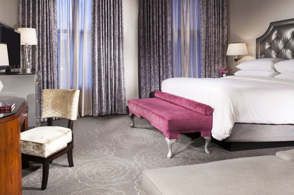 Chicago's Book Direct and Save Package in Silver Smith Hotel
