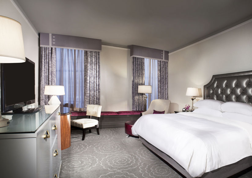 Delux King Room at Silver Smith Hotel Chicago